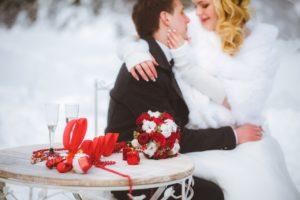 Зимняя свадьба в красном цвете